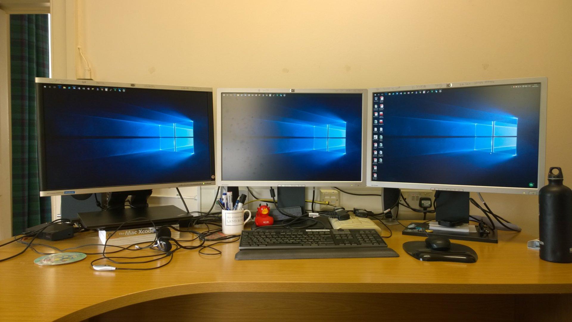 3 Screens!!